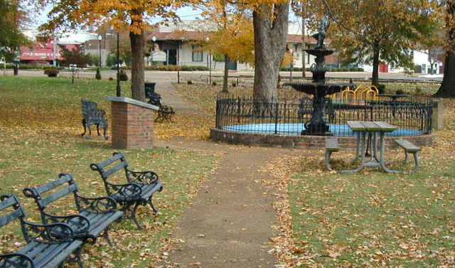 Downtown Kiwanis Park & Chamber of Commerce